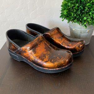 Dansko Copper Leaf Clogs Prof Comfort Shoes 8